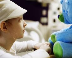 کاهش استرس کودکان با ربات Huggable