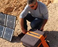 KaliPAK یک منبع قدرت خورشیدی و کوچک