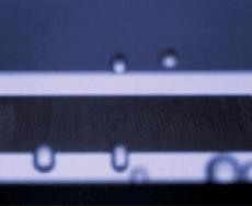 ساخت فلز هیدروفوبیک